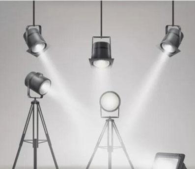 影棚中常用的各种灯光器材与修饰配件